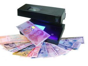 détecteurs de faux billets multidevises